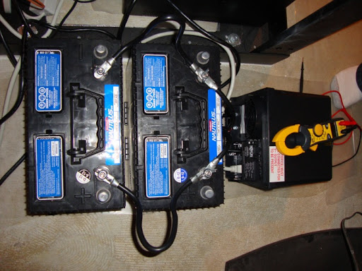 Can I charge a car battery with ups